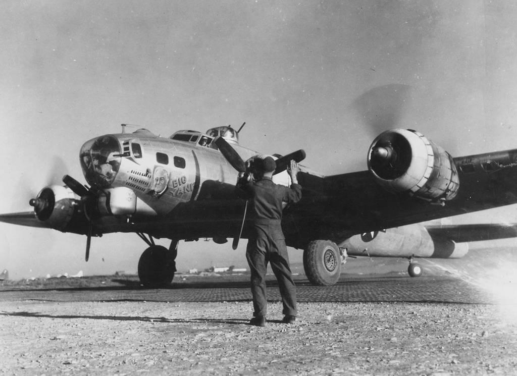 B-17 #44-6405 / Big Yank