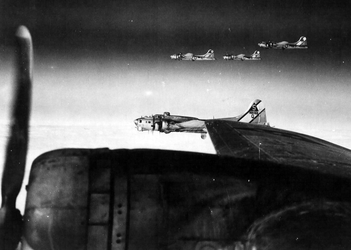 B-17 #44-8153