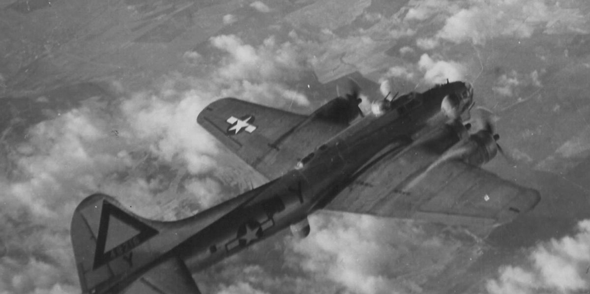 B-17 #44-8216