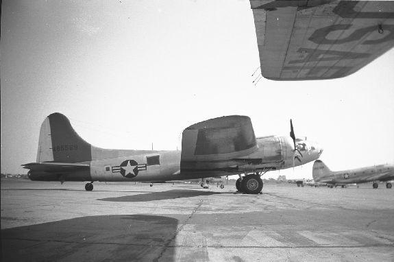 B-17 #44-85569