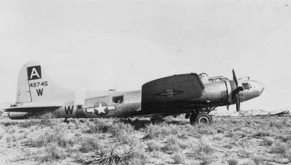 B-17 #44-8745