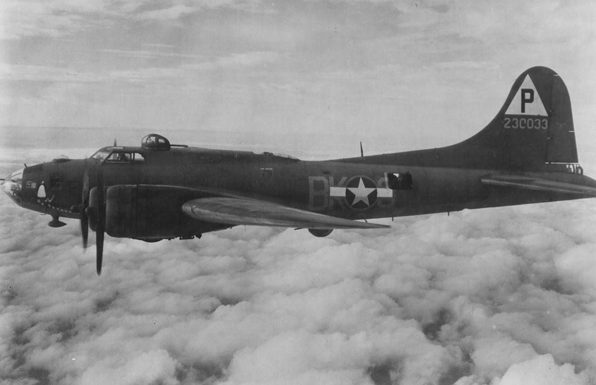B-17 #42-30033 / Little America