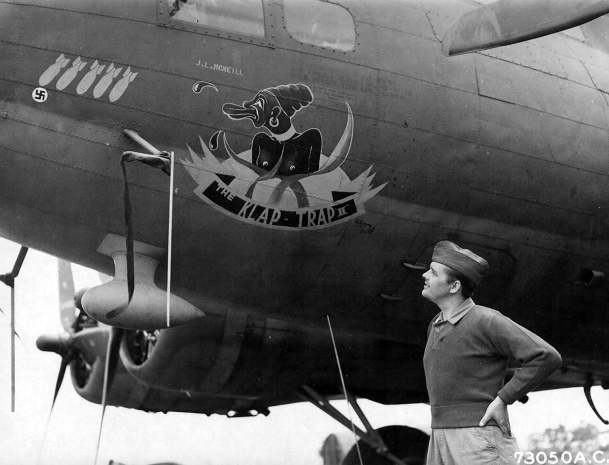 B-17 #42-30130 / Alia Bubble Trouble aka Klap Trap II