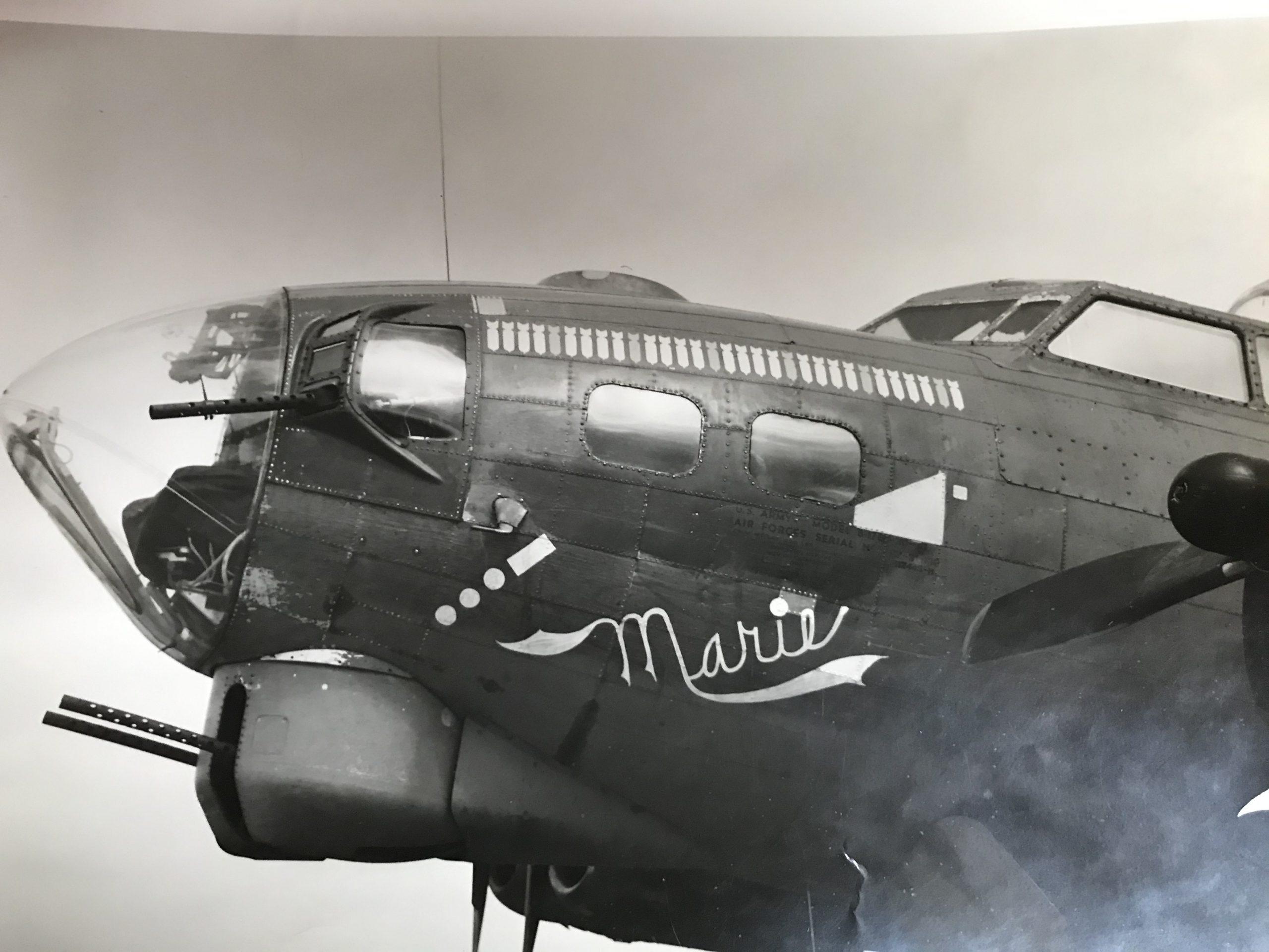 B-17 #42-31830 / Marie