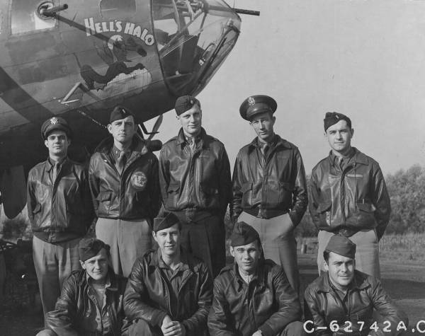 B-17 #42-5804 / Hell's Halo