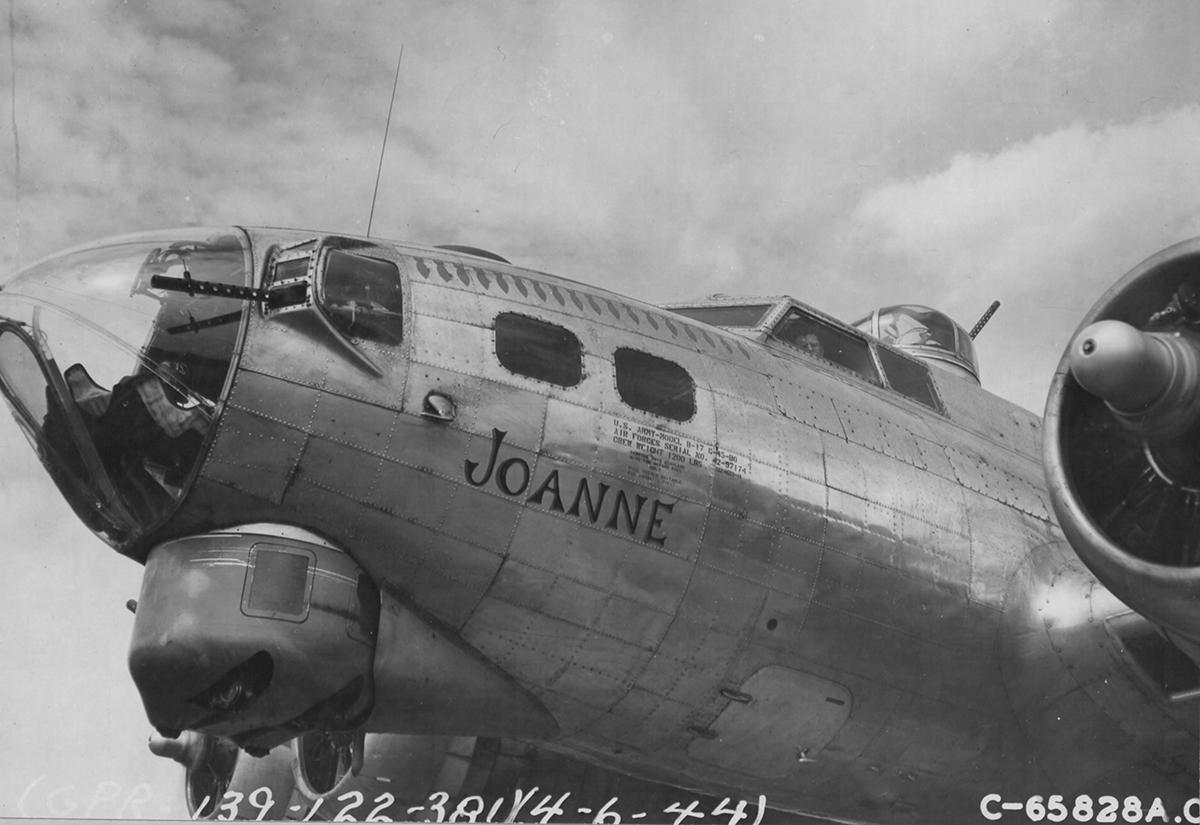 B-17 #42-97174 / Joanne