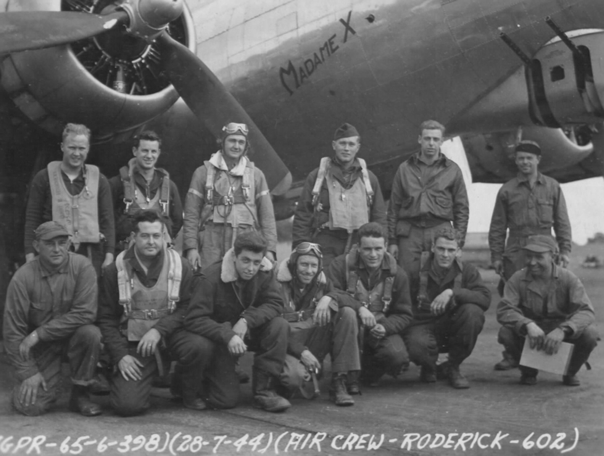 B-17 #42-97374 / Madam X