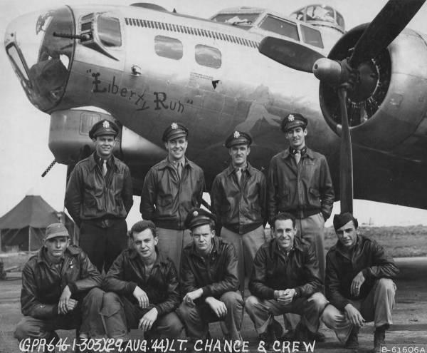 B-17 #44-6076 / Liberty Run