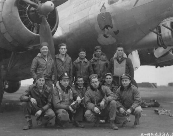 B-17 #44-6132 / Snicklefritz