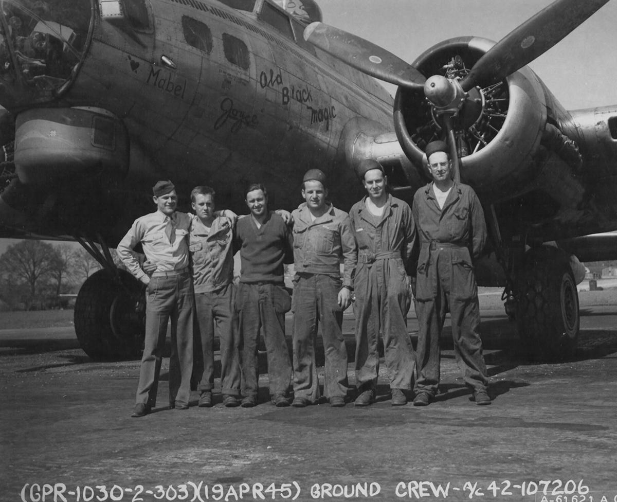 B-17 #42-107206 / Old Black Magic