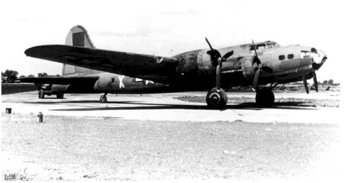B-17 #42-30066 / Mugwump aka Rum Boogie II