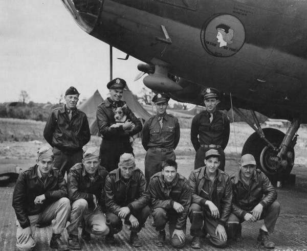 B-17 #42-3425 / Silver Dollar II aka In God We Trust