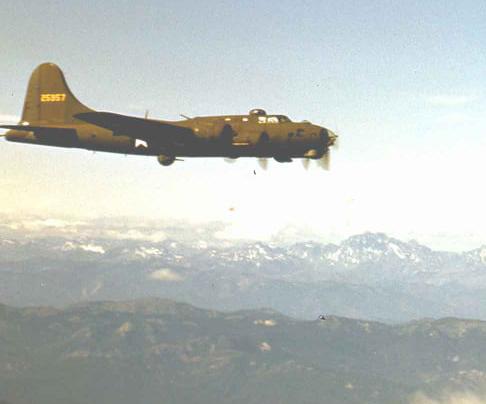 B-17 #42-5957 / Horny II