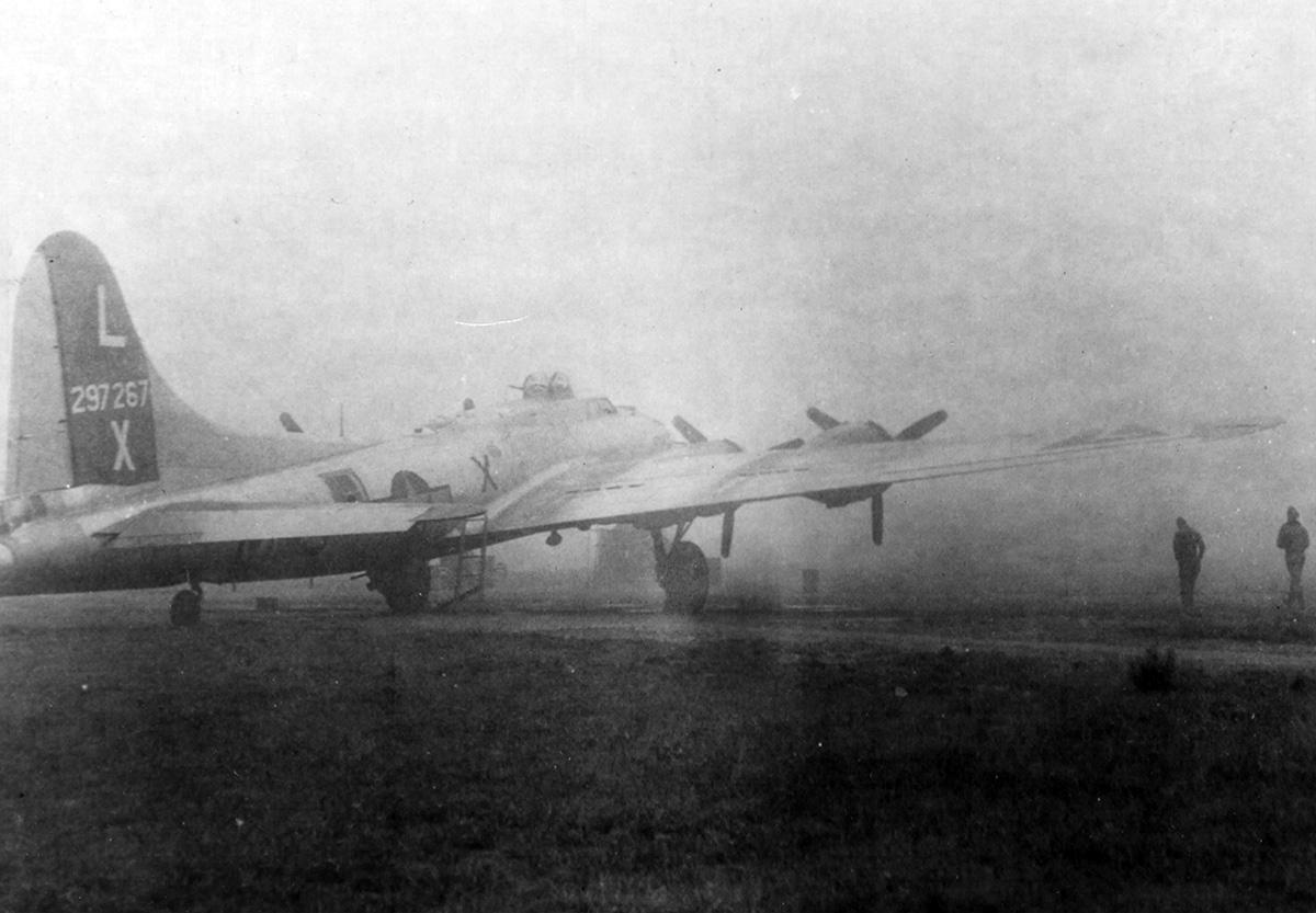 B-17 #42-97267 / The Tomahawk Warrior