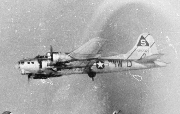 B-17 #42-97322 / Mister Completely aka Home James