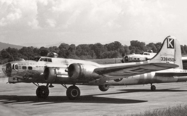 B-17 #43-38450 / Lucky Partners