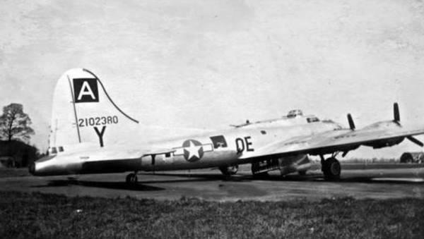 B-17 #42-102380 / Renovation
