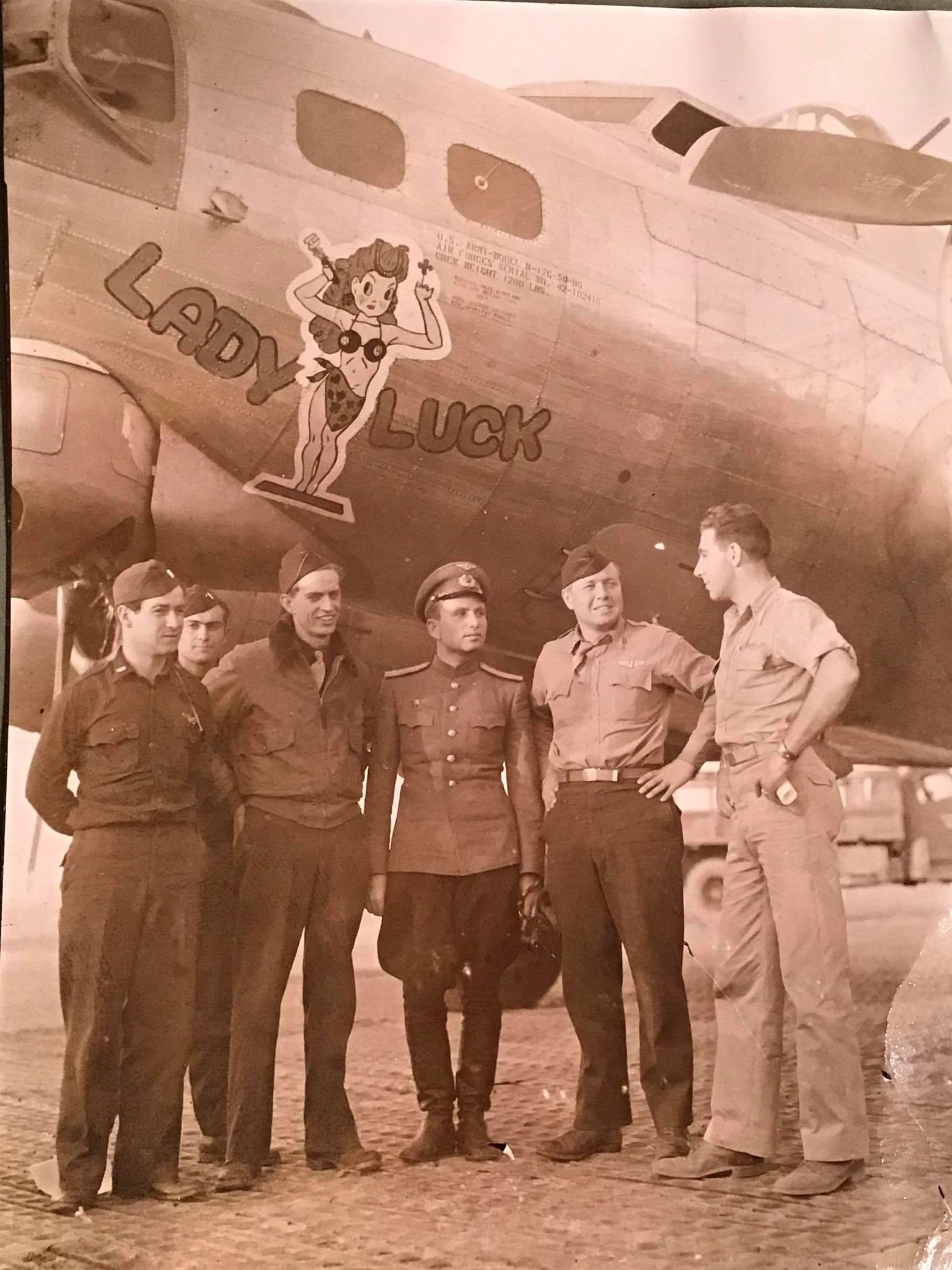 B-17 #42-102416 / Lady Luck