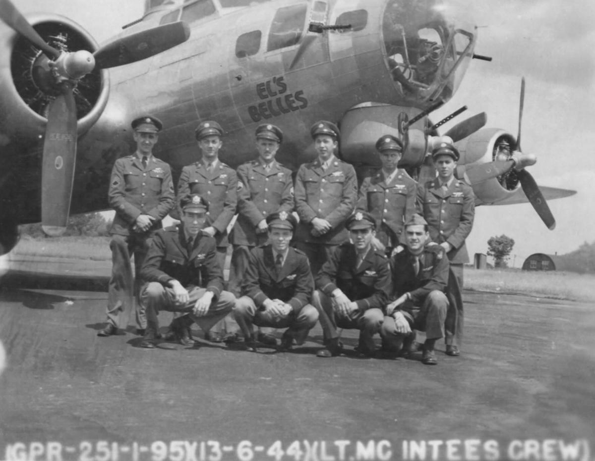 B-17 #42-102447 / El's Belles