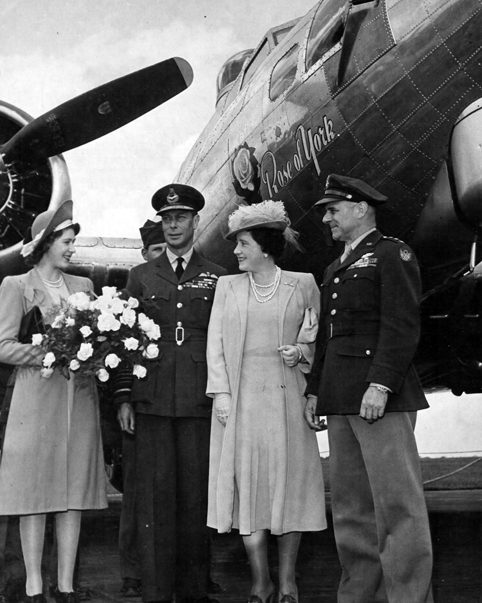 B-17 #42-102547 / Rose of York