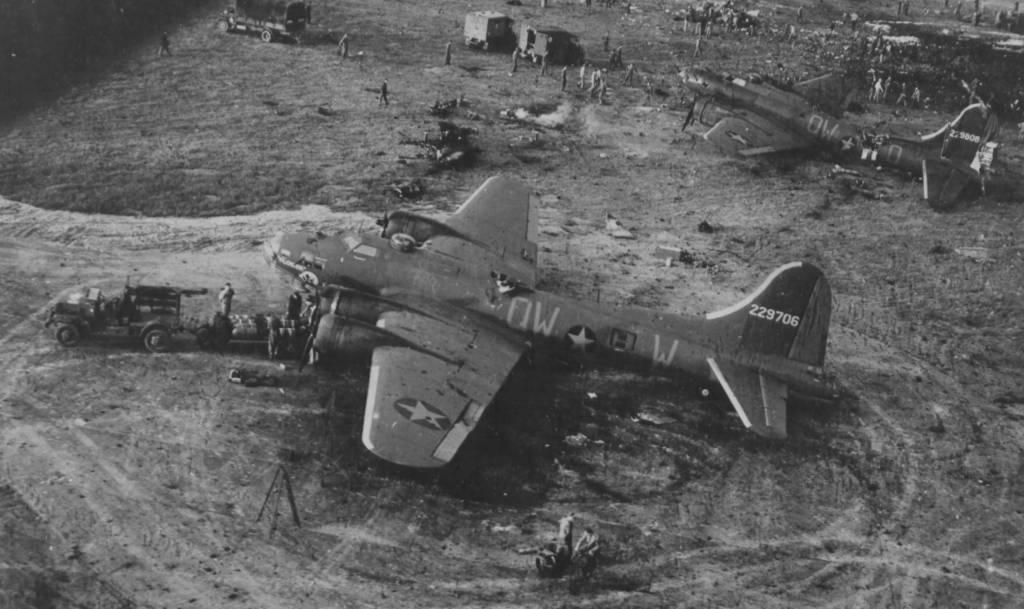 B-17 #42-29706 / Flower