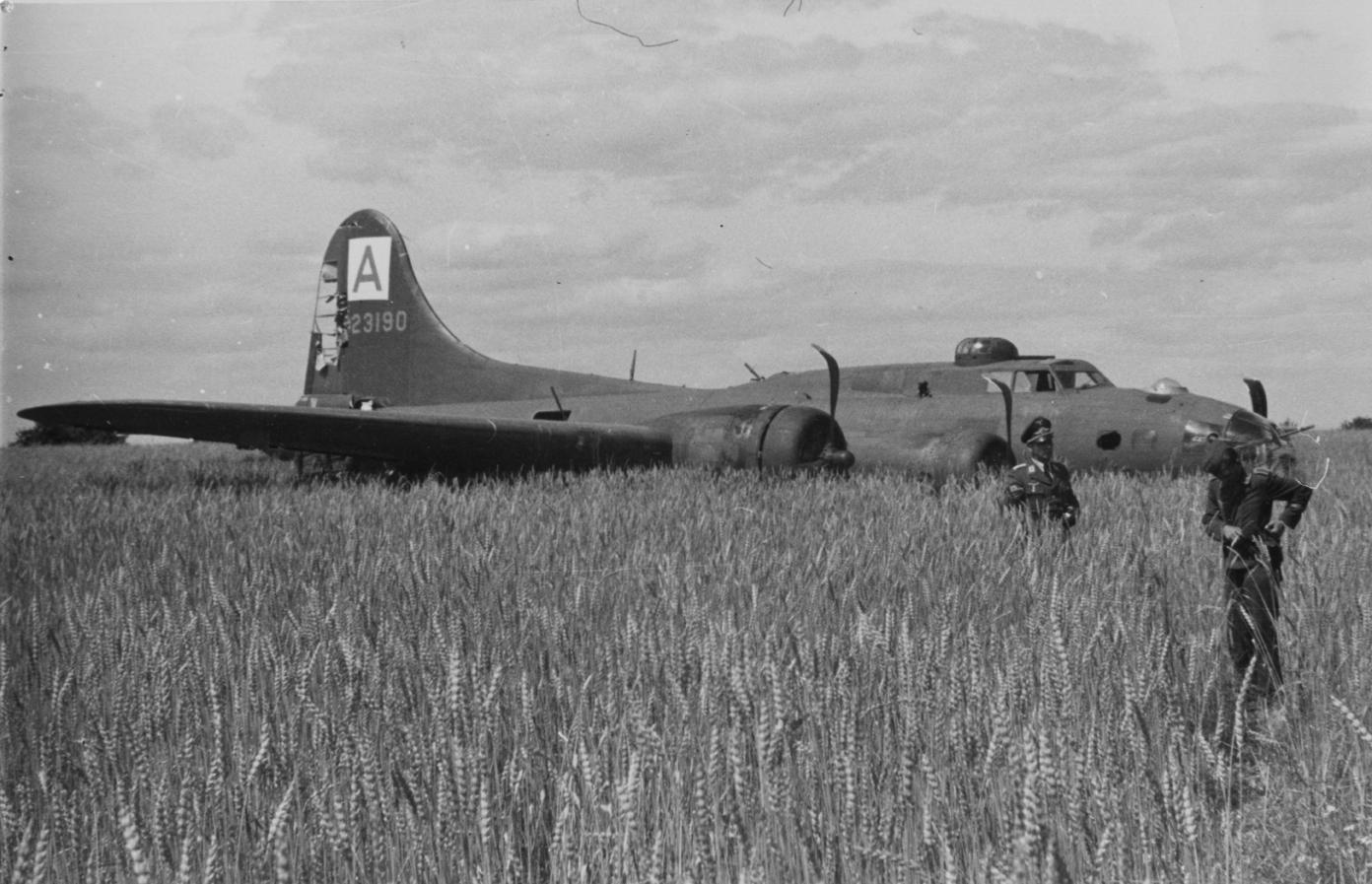 B-17 42-3190