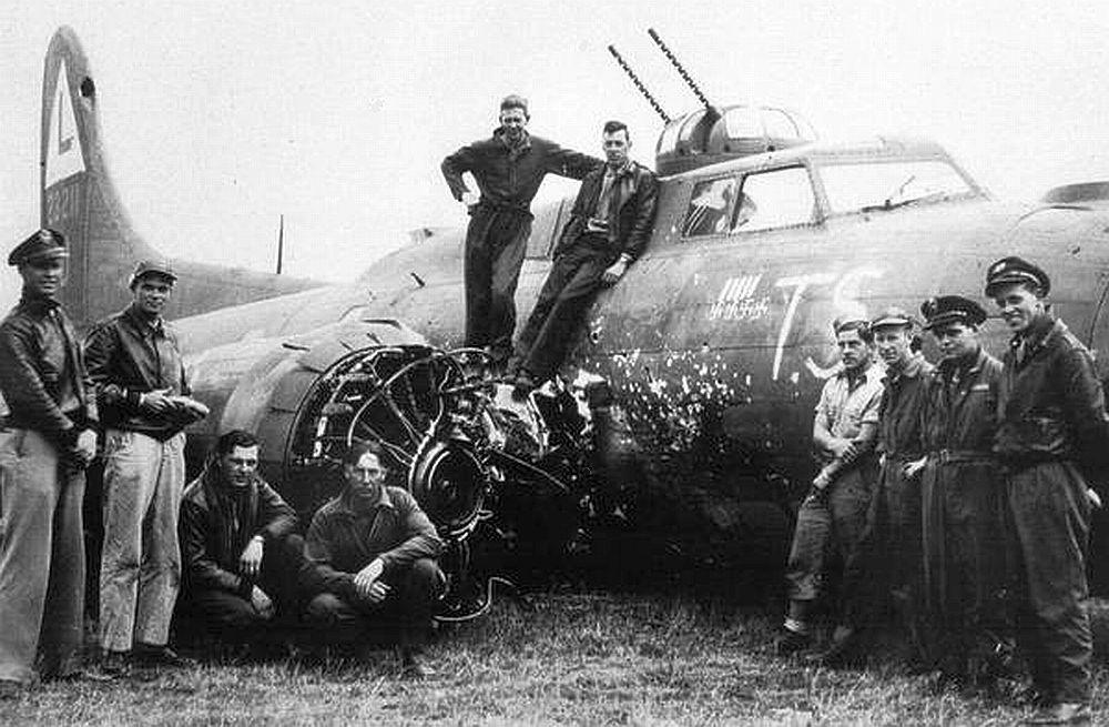 B-17 #42-3211 / T. S.