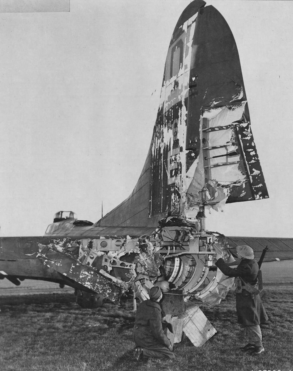B-17 #42-39867 / Hang the Expense II aka Boeing Belle