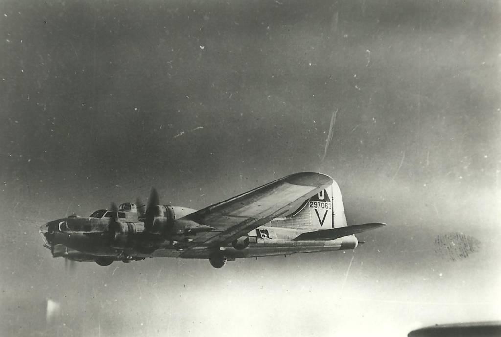 B-17 #42-97063 / Miss Yu II