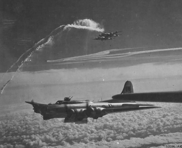 B-17 #42-97306 / Lady Janet
