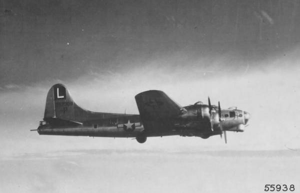 B-17 #42-97308 / Hairless Joe