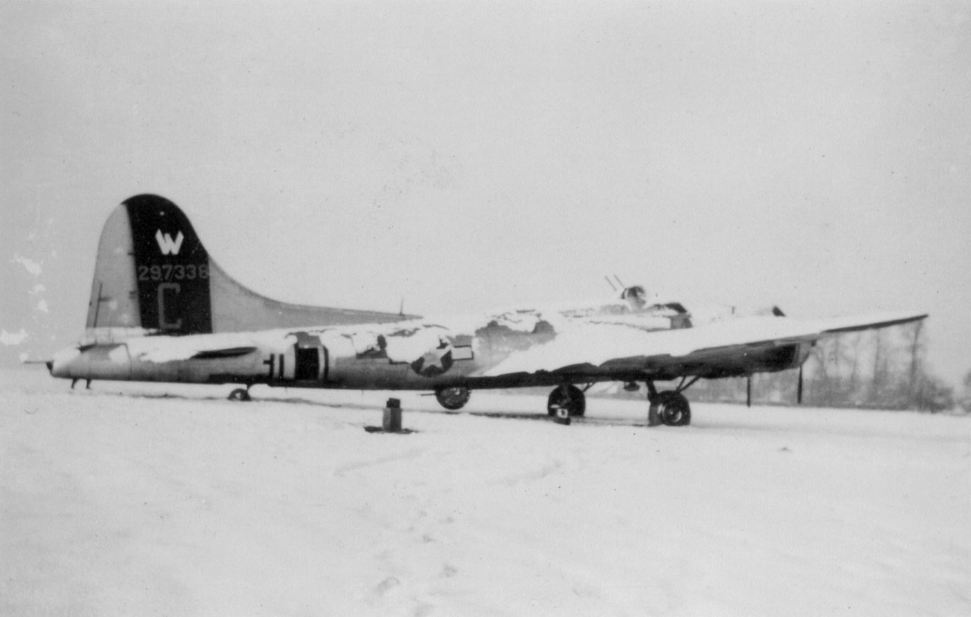 B-17 #42-97338 / The Tarheel Lemon