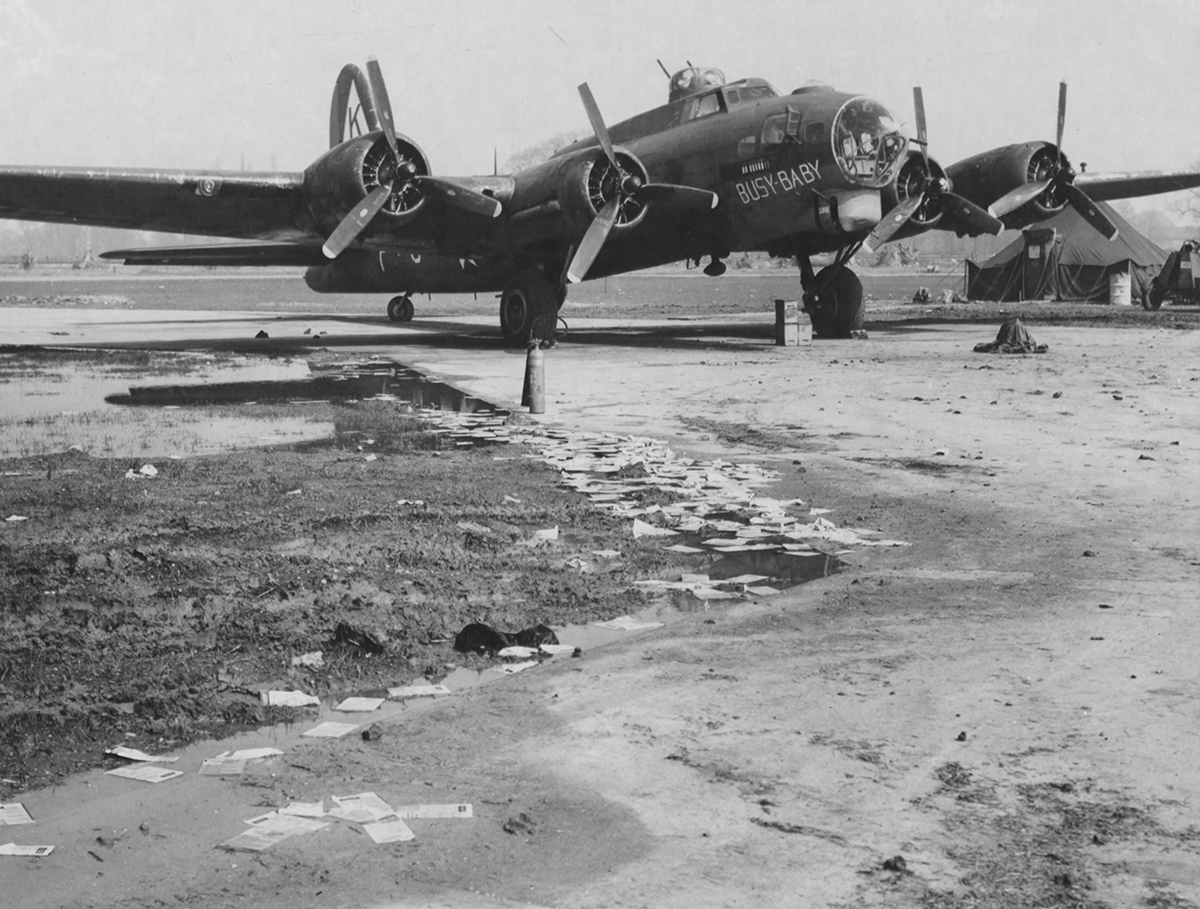 B-17 #42-97469 / Busy Baby