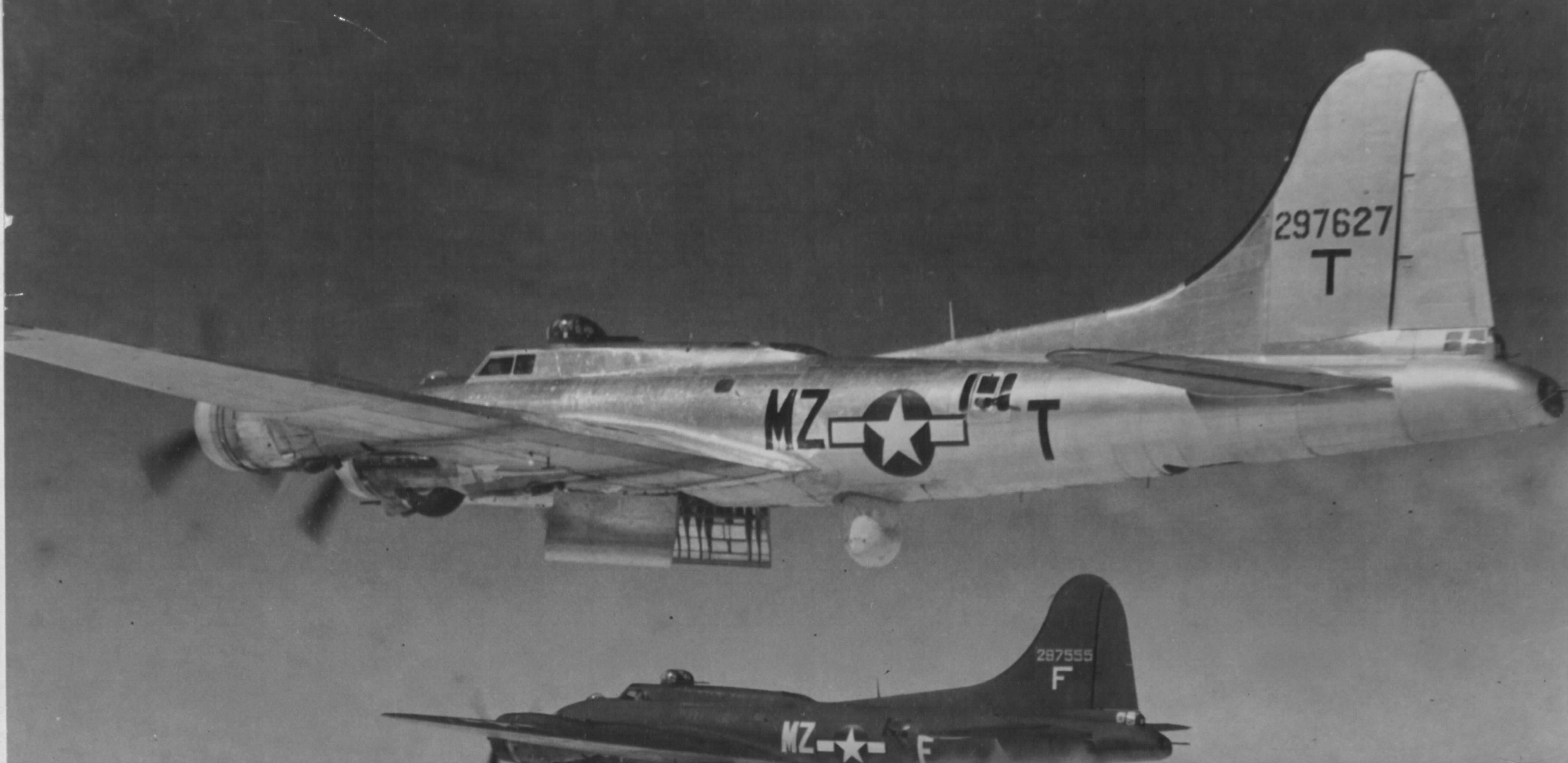 B-17 #42-97627 / Amen