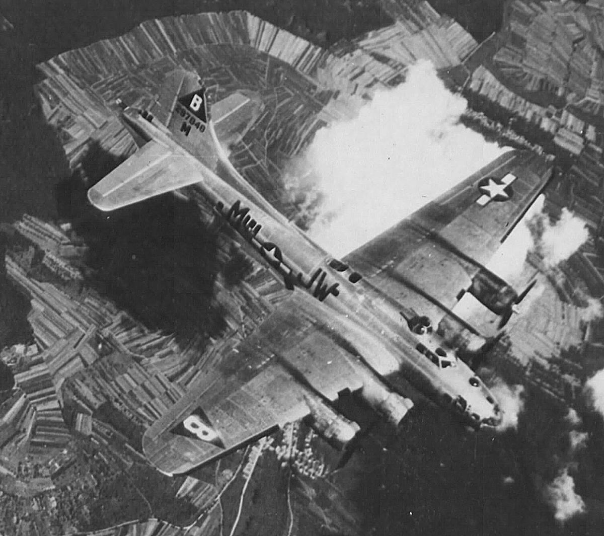 B-17 #42-97848 / Silver Wings