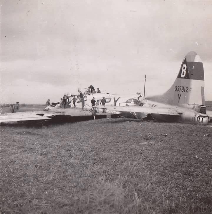 B-17 #43-37912
