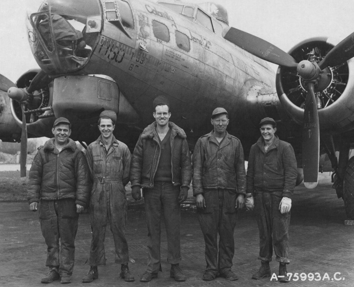 B-17 #44-8050 / Calamity Jane 2nd