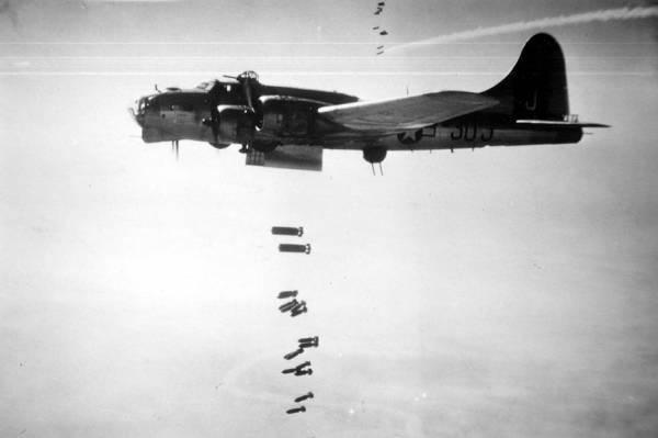 B-17 #44-8517