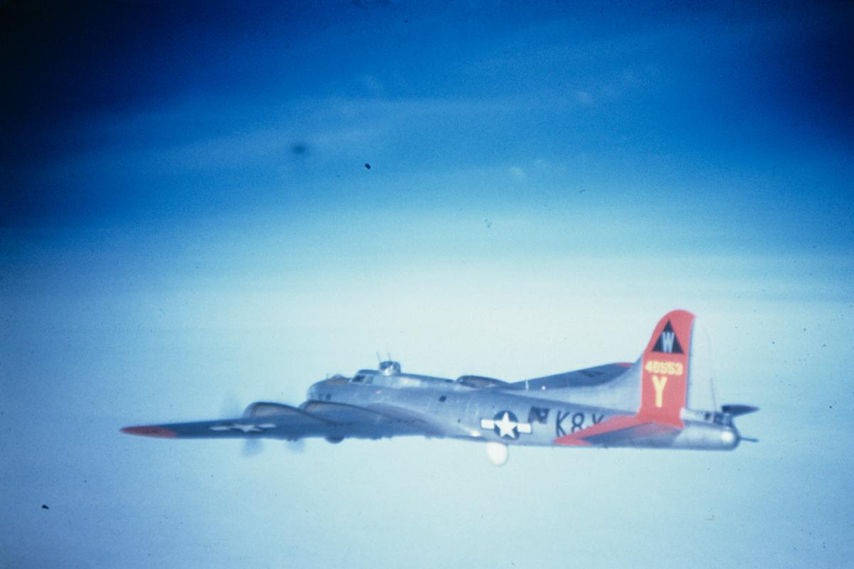 B-17 #44-8553