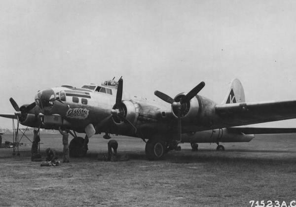 B-17 #42-102627 / Queenie