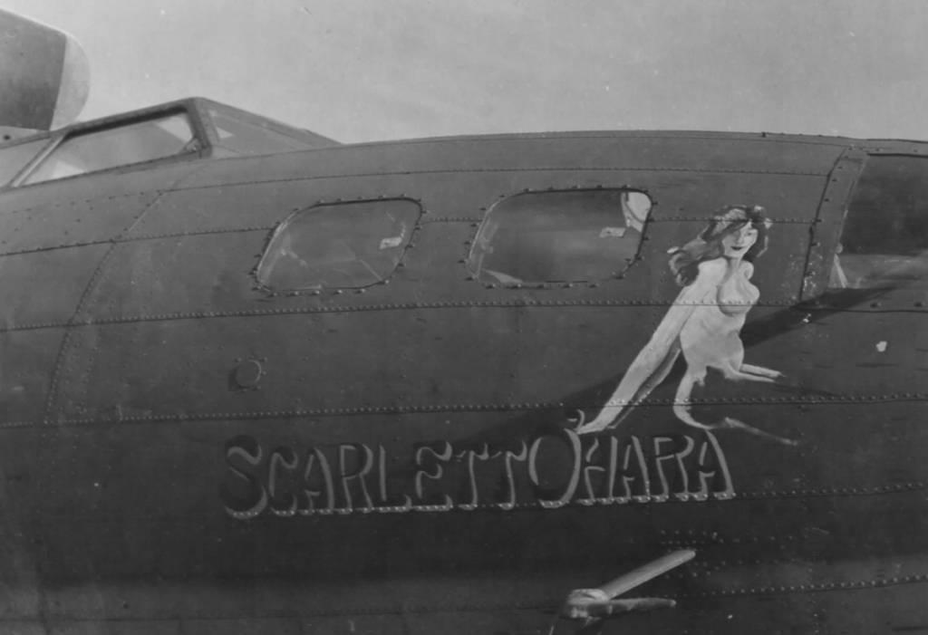 B-17 #42-29898 / Scarlett O'Hara
