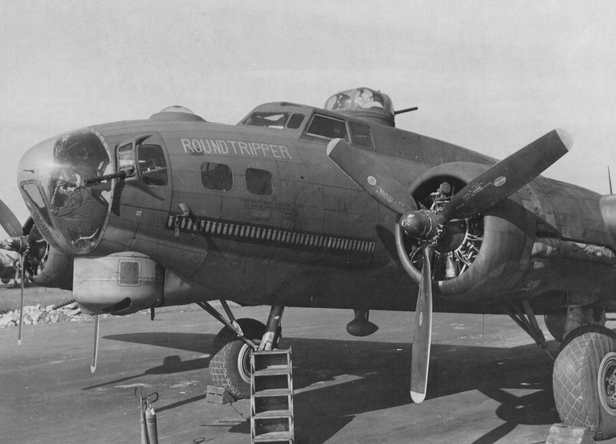 B-17 #42-31369 / Round Tripper