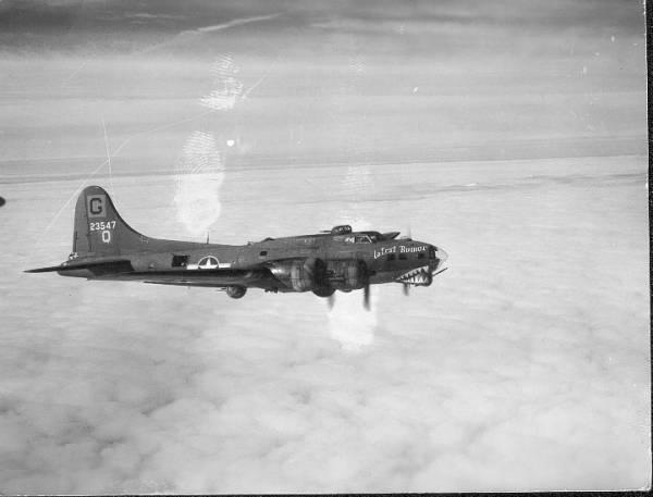 B-17 #42-3547 / Latest Rumor aka Blue Champagne