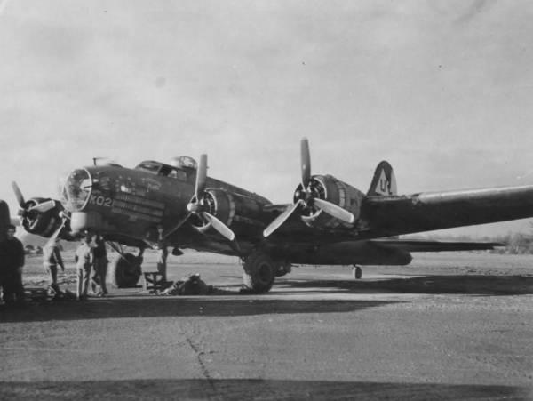 B-17 #42-38021 / Mission Maid