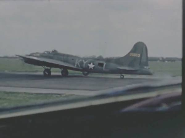 B-17 #42-5053 / Bloody Tangier Show