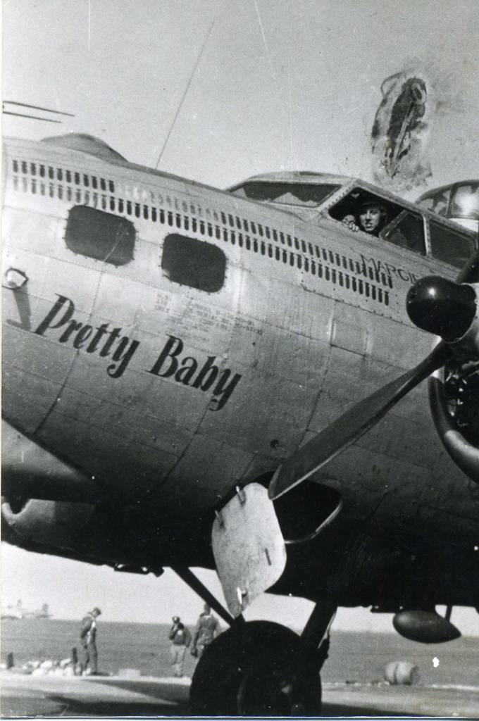 B-17 #42-97133 / Pretty Baby