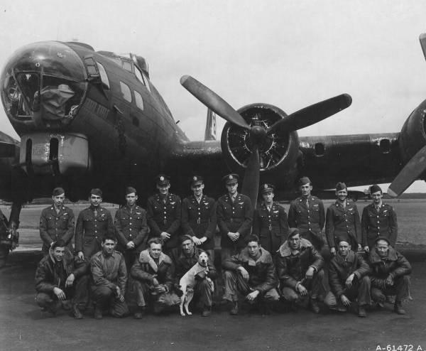 B-17 #42-97481 / Liberty Run aka Pocahontas