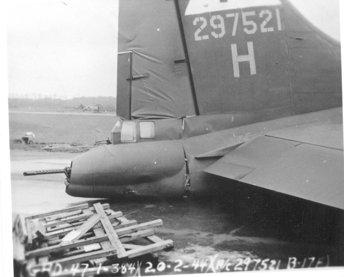 B-17 #42-97521 / The Saint