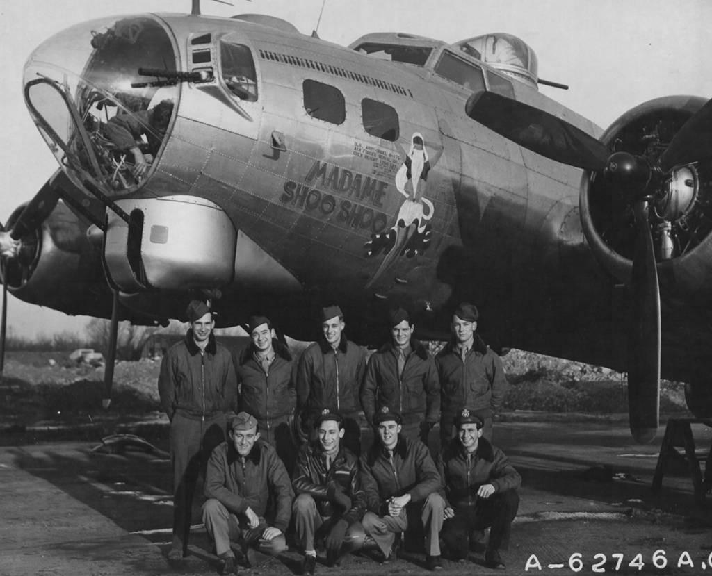 B-17 #43-37707 / Madame Shoo Shoo
