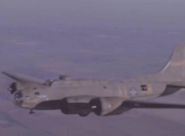 B-17 #41-24447 / Kickapoo